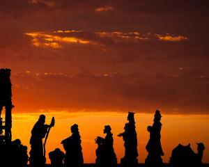 nativity-sunrise-andrew-soundarajan