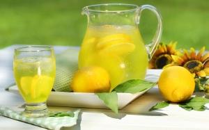 6800363-lemonade-wallpaper